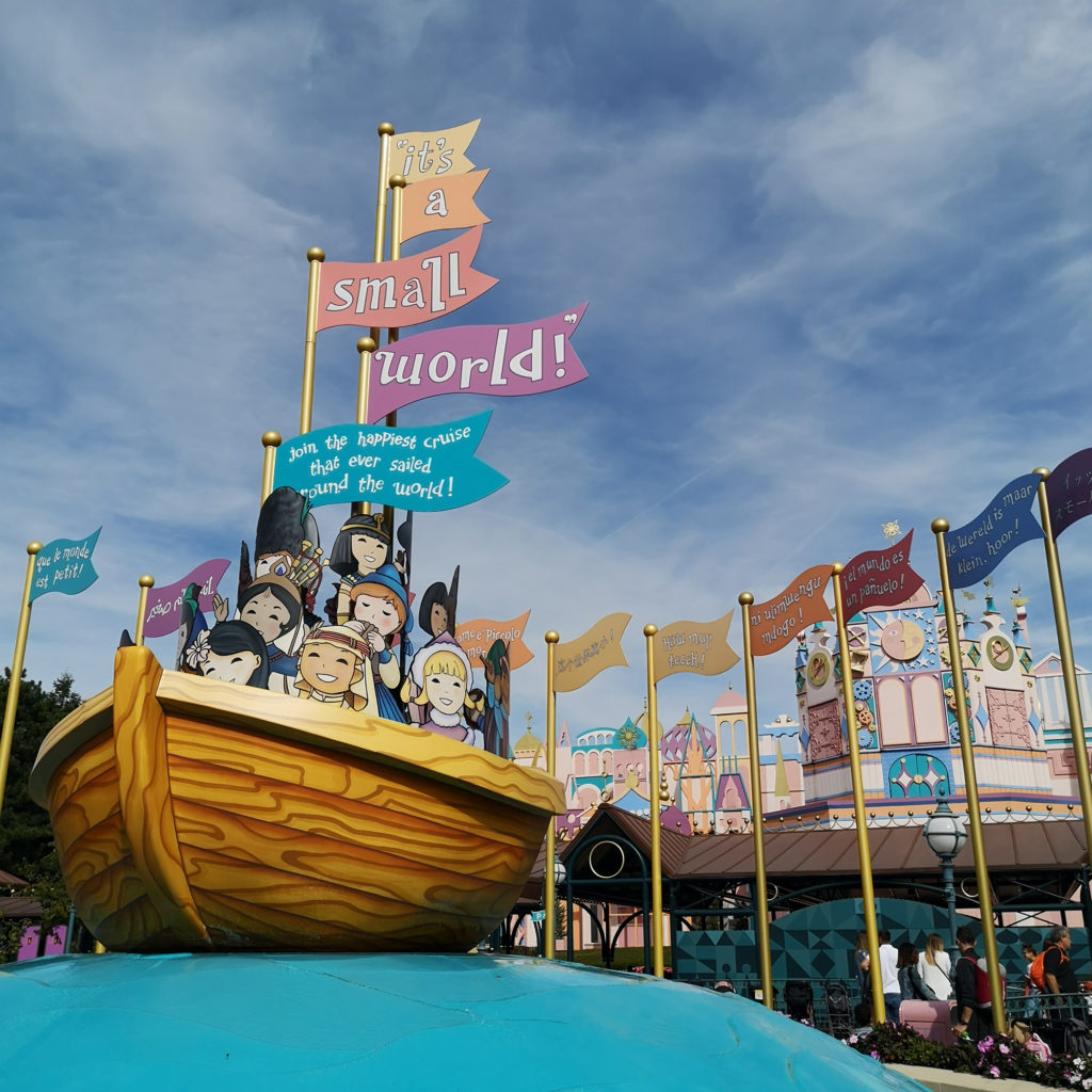 it's a small world attraction liste bébé disneyland paris astuces